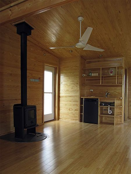 Sustainable_cabin_urs_peter_flueckiger_5